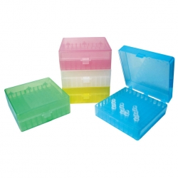 Gefrierbox aus Kunststoff mit Klappdeckel