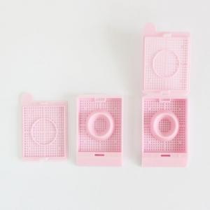 Einbettkassetten für die Biopsieverarbeitung 3