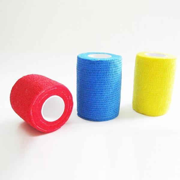 Selbstklebende elastische Bandage